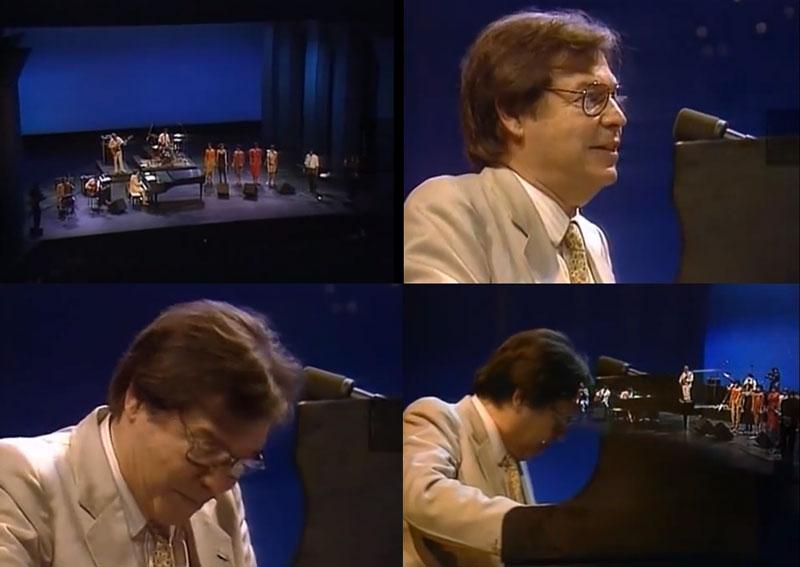 """Tom Jobim canta """"A Felicidade"""""""